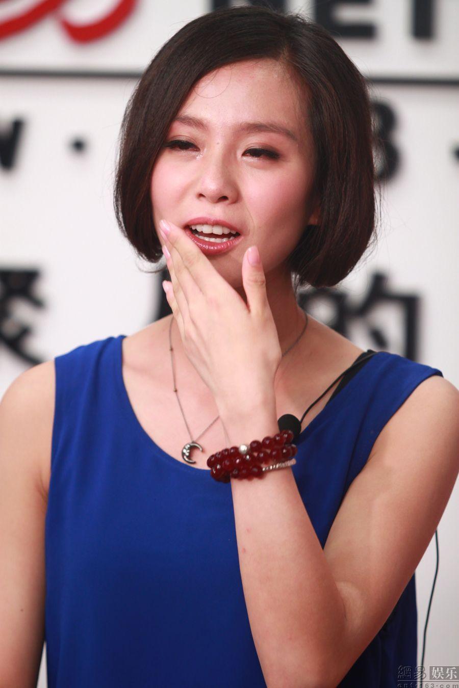 刘诗诗接受网易专访。