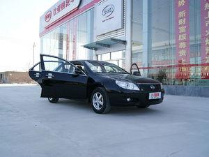 比亚迪F6 2009款 新财富版 2.0L尊贵型
