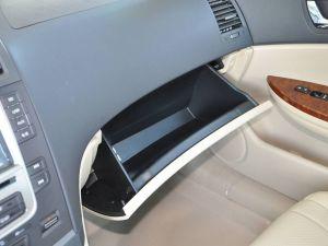比亚迪G6 2011款 2.0MT尊贵型
