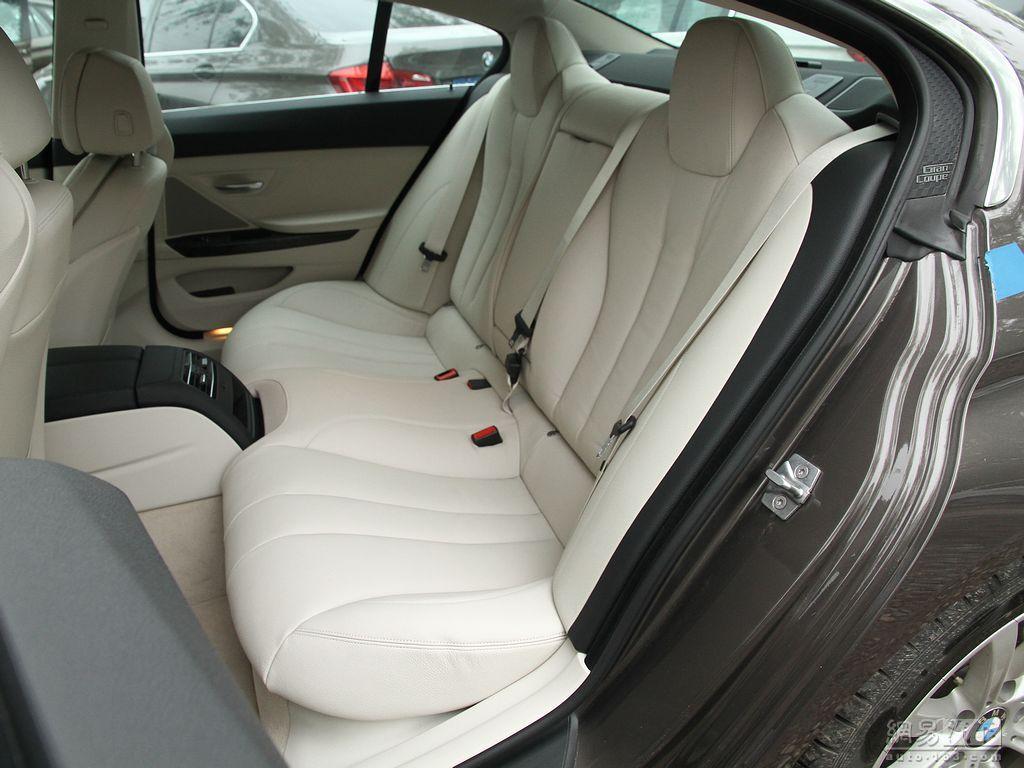 宝马6系 2013款 640i四门轿跑车 后排座椅高清图片